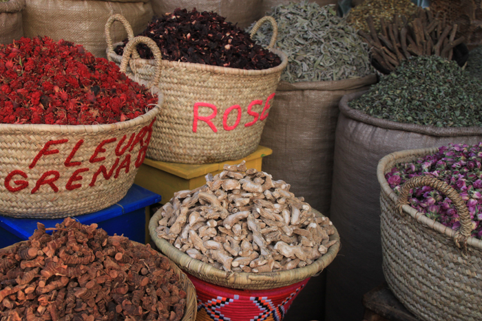 spices in marrakesh medina